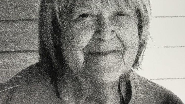 Donna L.. Tirey