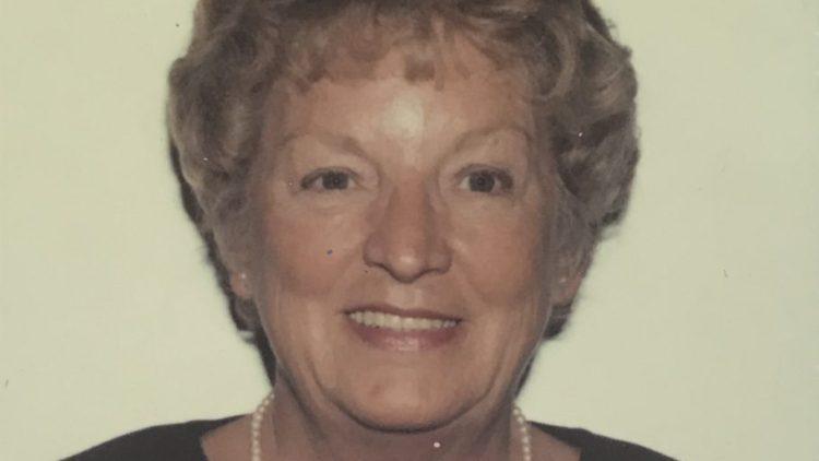 Shirley-Bevan-main-photo-912x1024.jpg